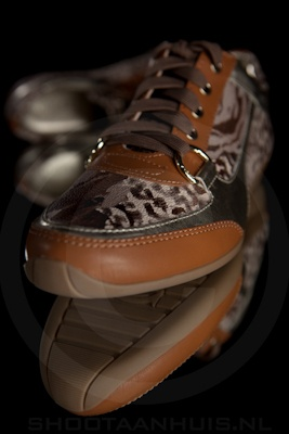 Productfotografie_guess_sneaker6